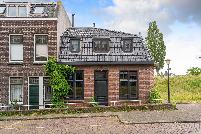 Bekijk foto 1 van Voorstraat 1