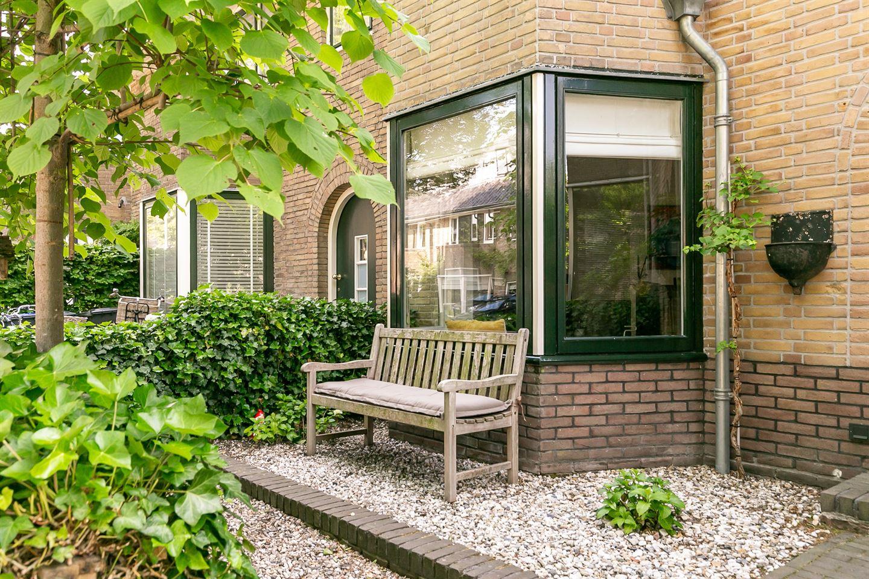 Bekijk foto 2 van Van Beuningenstraat 27