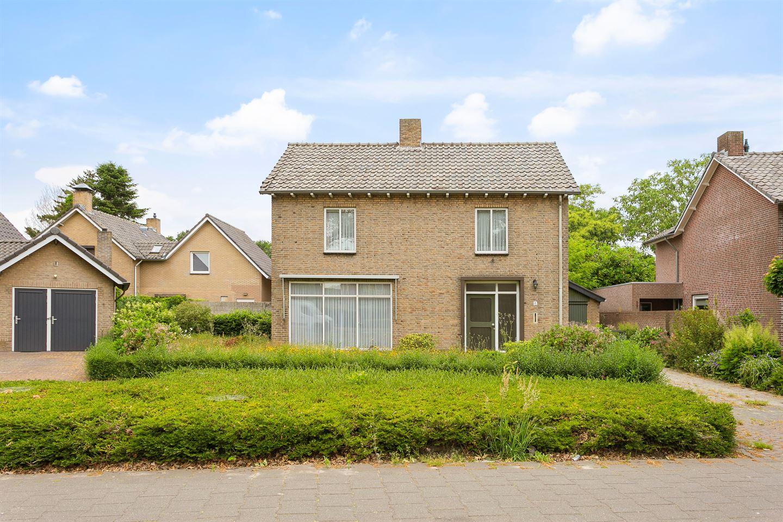 Bekijk foto 1 van Eindhovenseweg 4