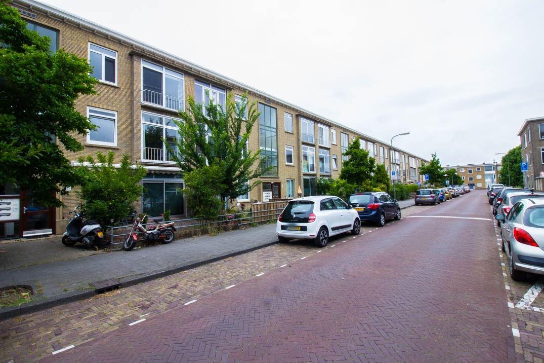 Bekijk foto 2 van Nieuwersluisstraat 53