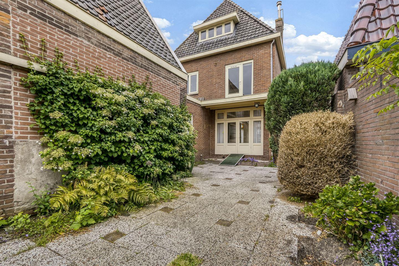 Bekijk foto 2 van Frieseweg 8