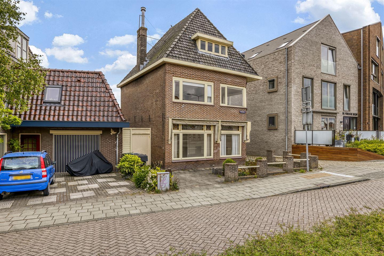 Bekijk foto 3 van Frieseweg 8