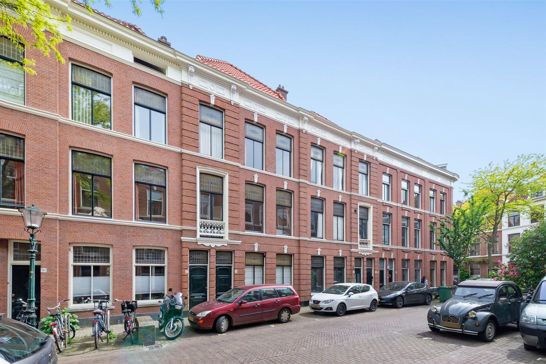 Bekijk foto 1 van Hugo de Grootstraat 82