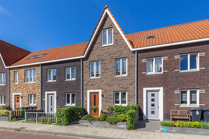 Beatrixstraat 16