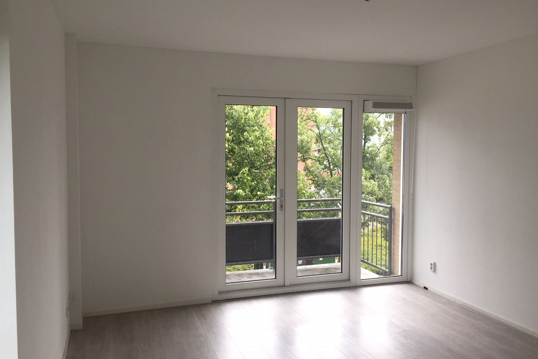 Bekijk foto 2 van Woutertje Pietersestraat 2 B