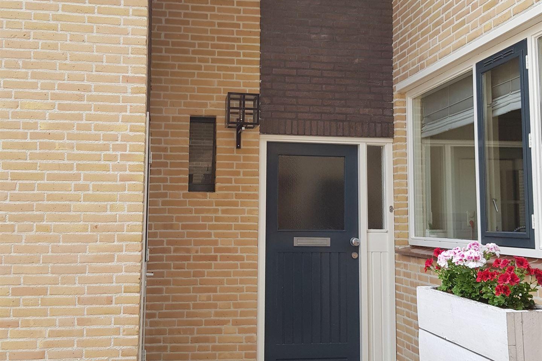 View photo 2 of Lijsterhof 66
