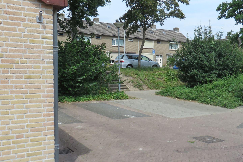 View photo 3 of Lijsterhof 66