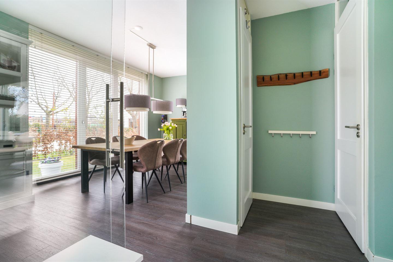 Bekijk foto 2 van Tiny Verlinden - Bremmersstraat 30