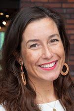 Naomi van Schooten  - Commercieel medewerker