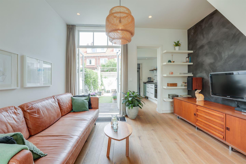 Bekijk foto 5 van Van der Helststraat 46