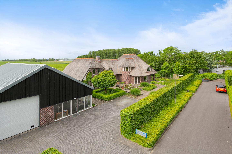 Bekijk foto 7 van Nij Toerenburg 10