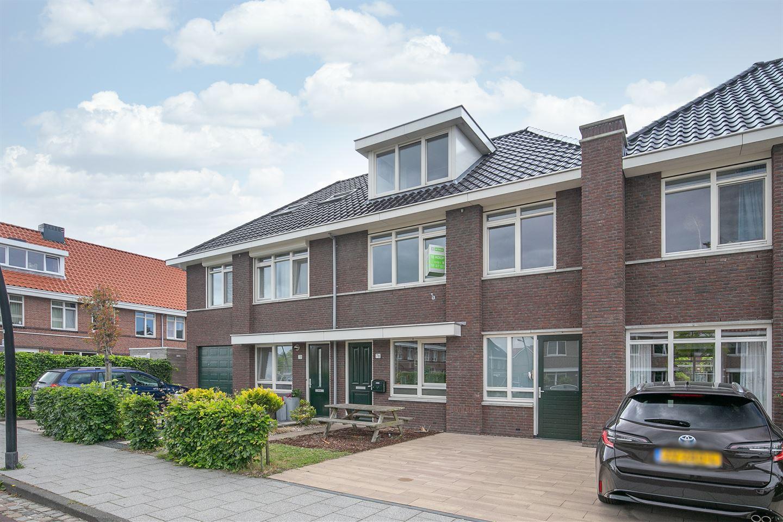 Bekijk foto 1 van Willem Hogenhoeklaan 76
