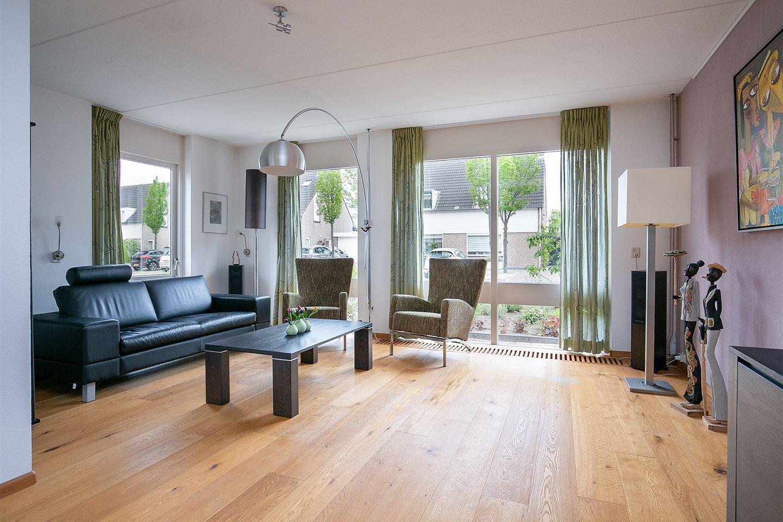 Bekijk foto 3 van Hooglandstraat 35