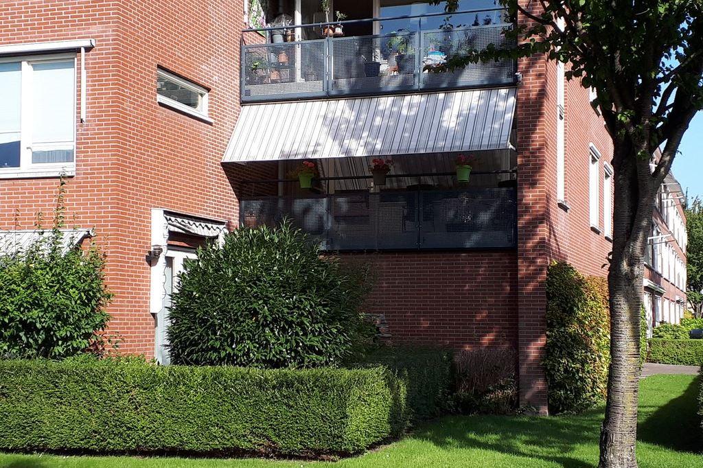Bekijk foto 1 van Marga Klompéstraat 28