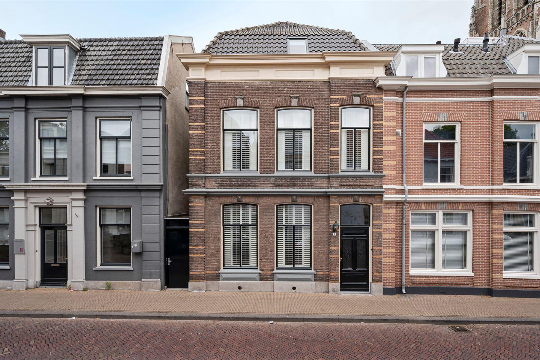 Bekijk foto 1 van Hoge Torenstraat 6