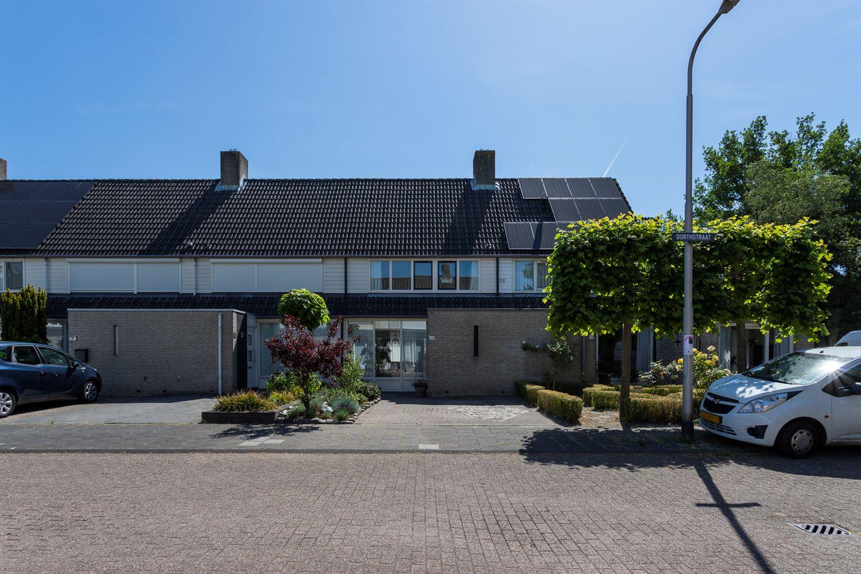 Bekijk foto 2 van Dorthstraat 20