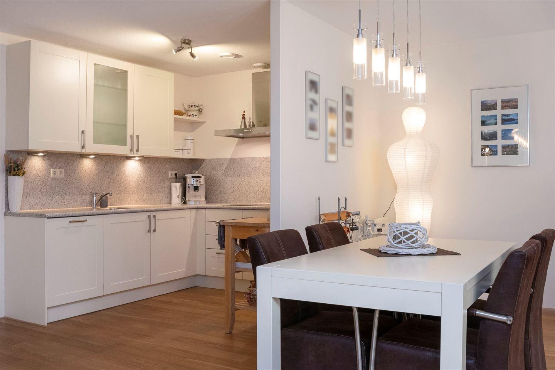 Bekijk foto 3 van Rhenendael 60