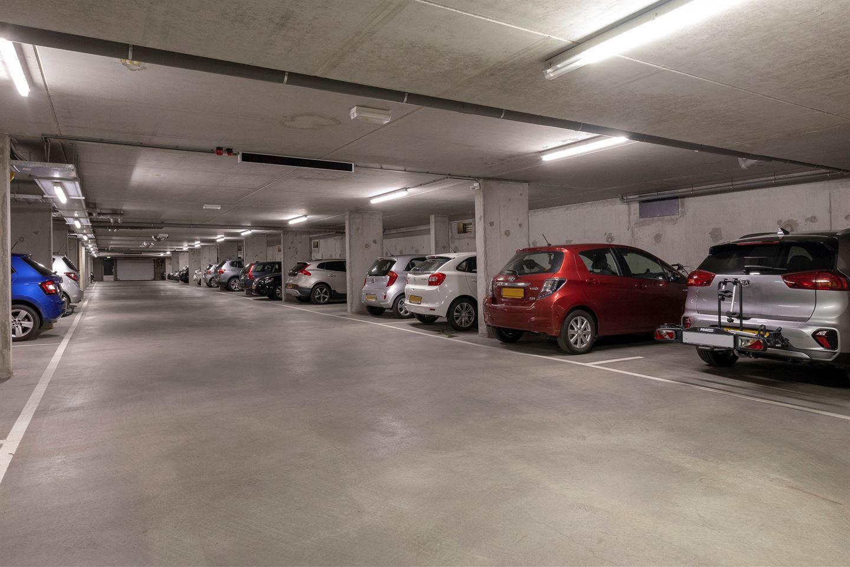 Bekijk foto 6 van Rhenendael 60