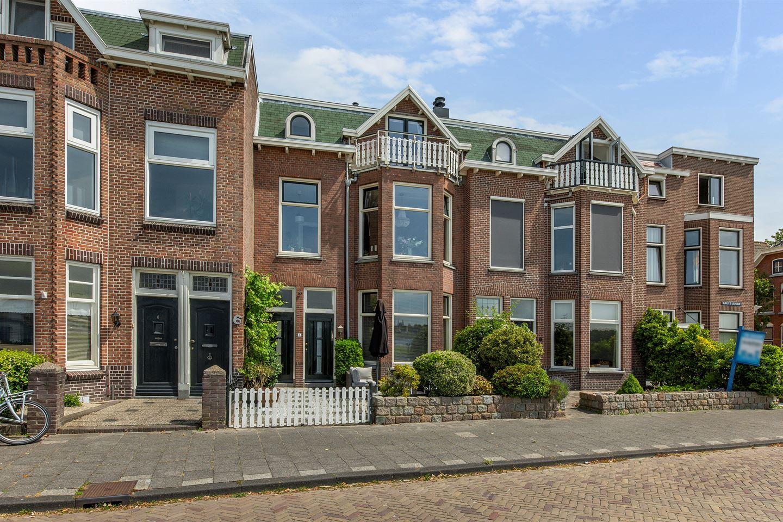 Bekijk foto 6 van Burg. Van der Lelykade 7