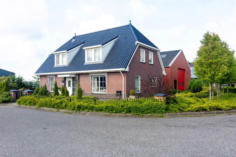 Bekijk foto 1 van Nij Toerenburg 29