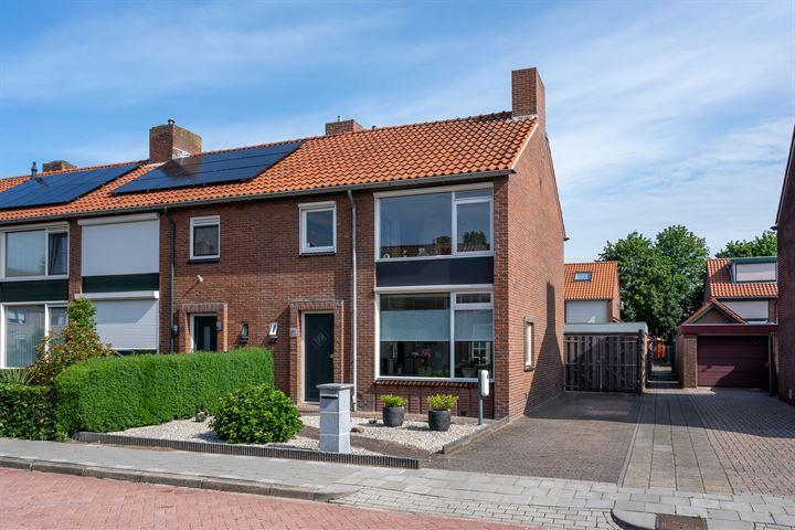 J.H. van 't Hoffstraat 18