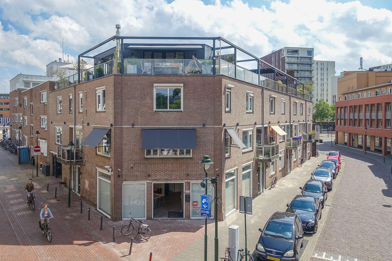 View photo 2 of Kampstraat 19