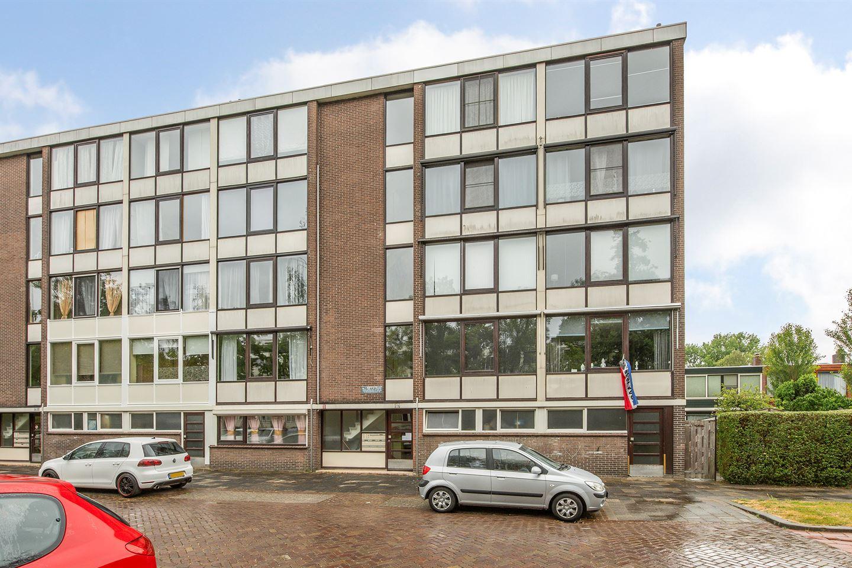 Bekijk foto 1 van Van 't Hoffstraat 16