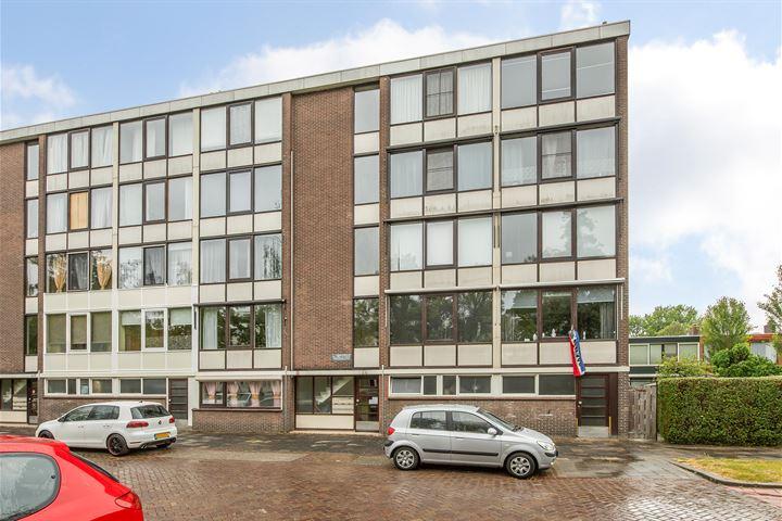 Van 't Hoffstraat 16