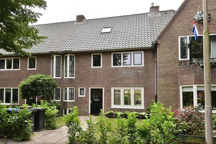 Constantijn Huijgenslaan 16