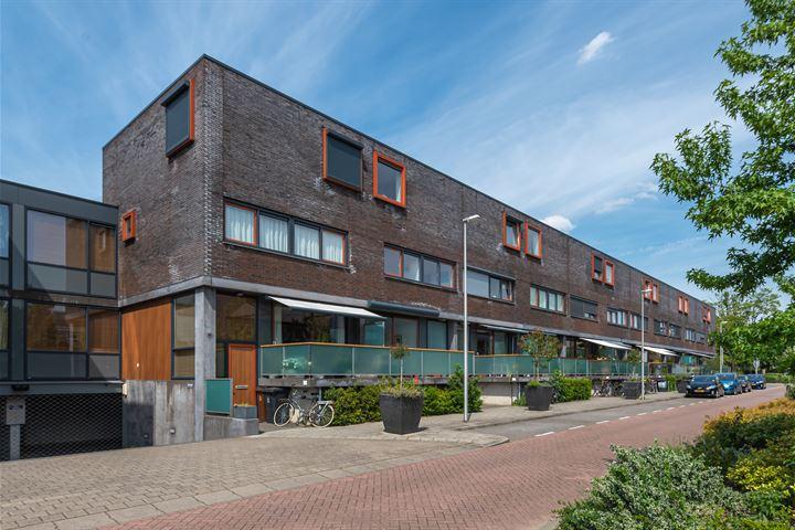 Van de Hulsthof 22