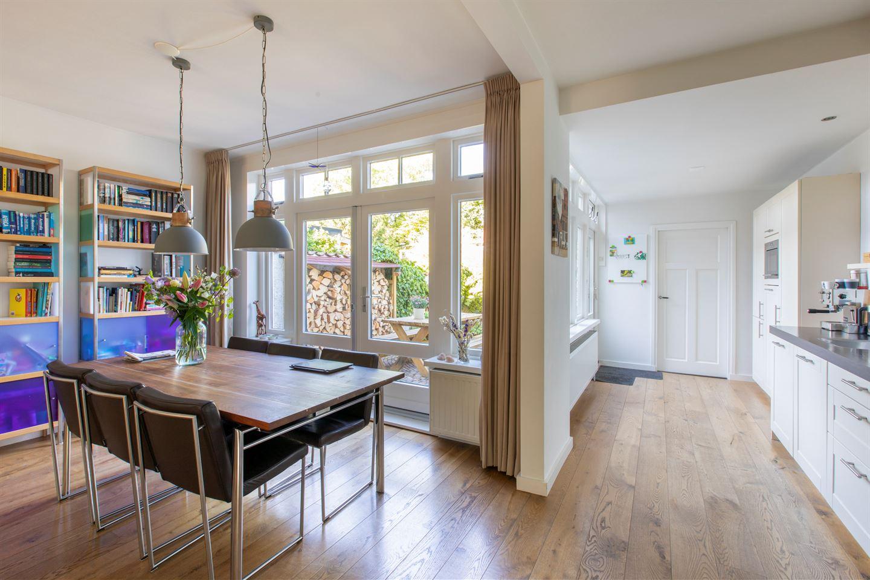 Bekijk foto 3 van Vermeerstraat 27