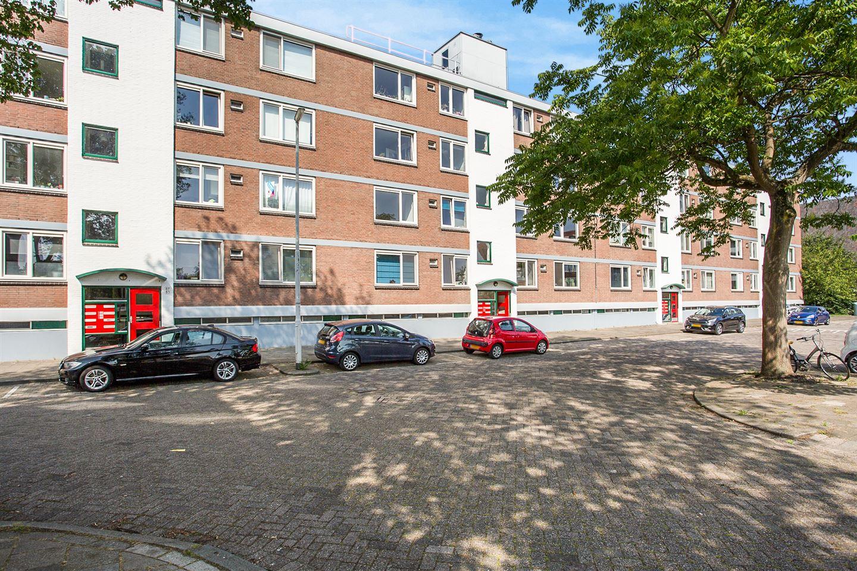 Bekijk foto 3 van Hanrathstraat 63