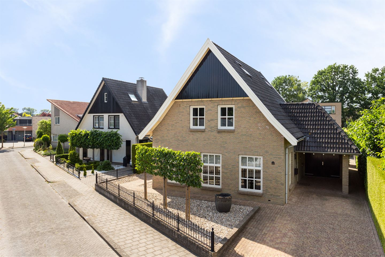 Bekijk foto 1 van Mechelenstraat 21