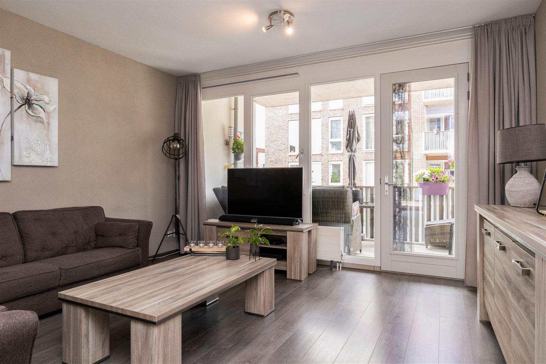 Bekijk foto 2 van Dr. Colijnstraat 7 B
