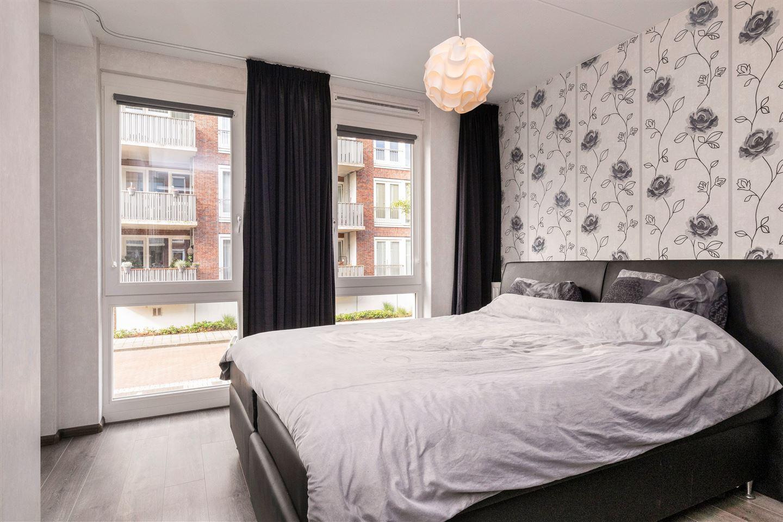 Bekijk foto 4 van Dr. Colijnstraat 7 B