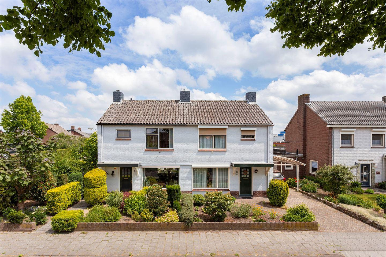 Bekijk foto 1 van Oude Doesburgseweg 34