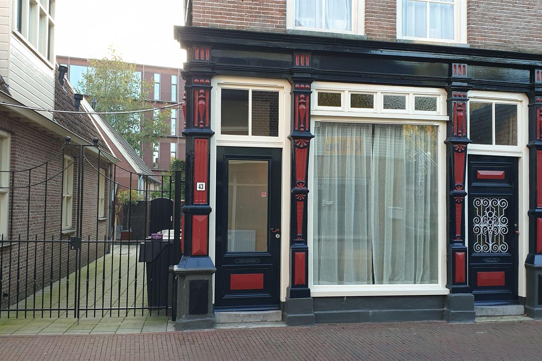 Bekijk foto 1 van Molenstraat 43