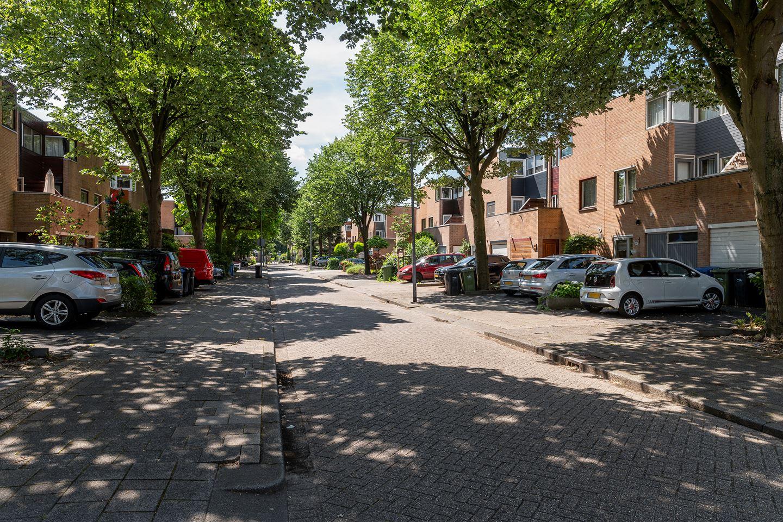 Bekijk foto 3 van Nystadstraat 49
