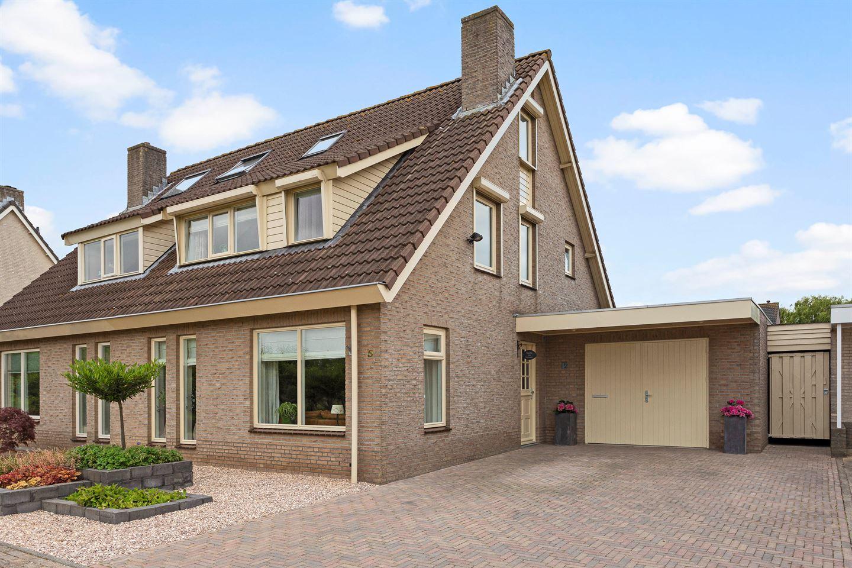 View photo 1 of Hannekesland 5