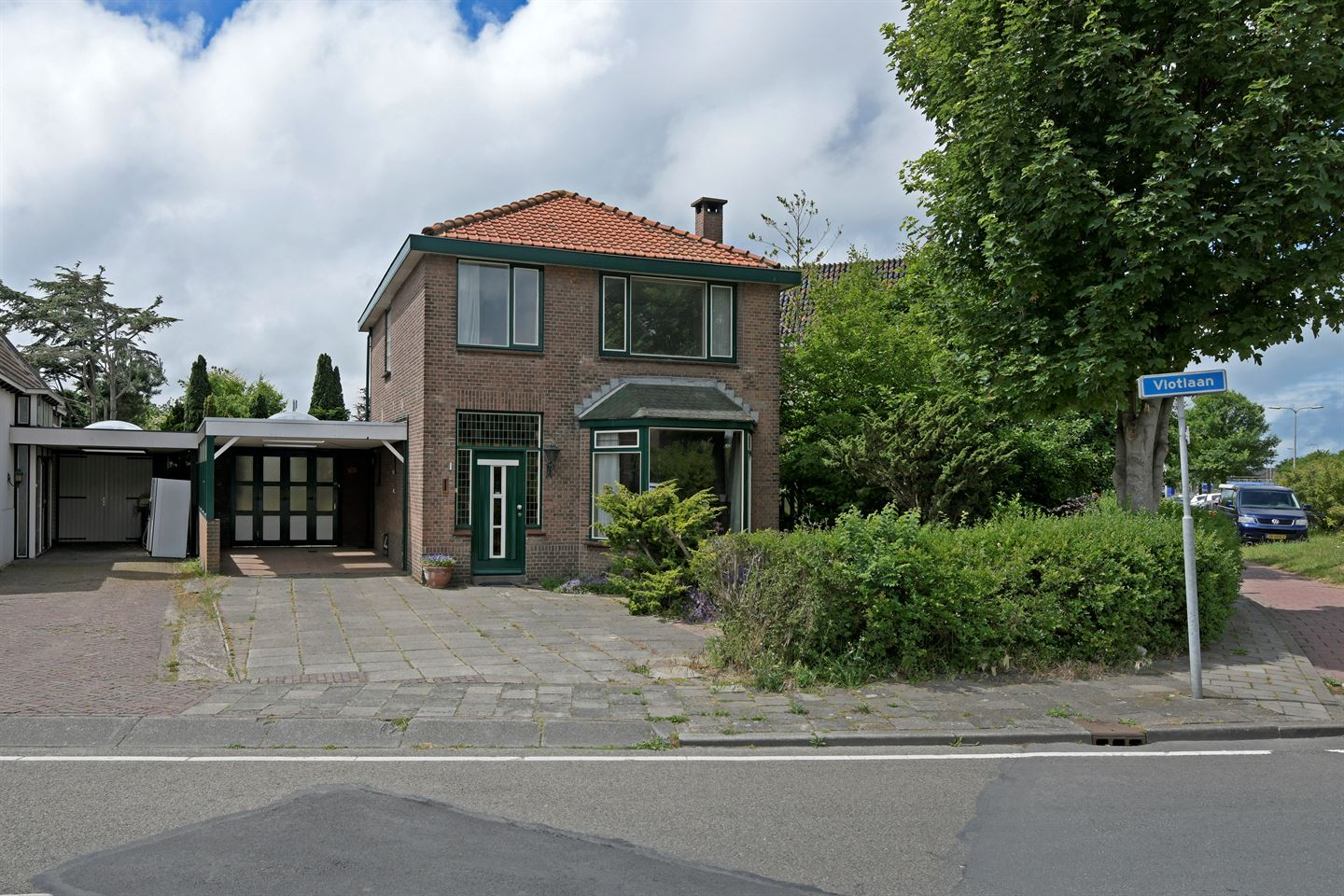 View photo 1 of Vlotlaan 1