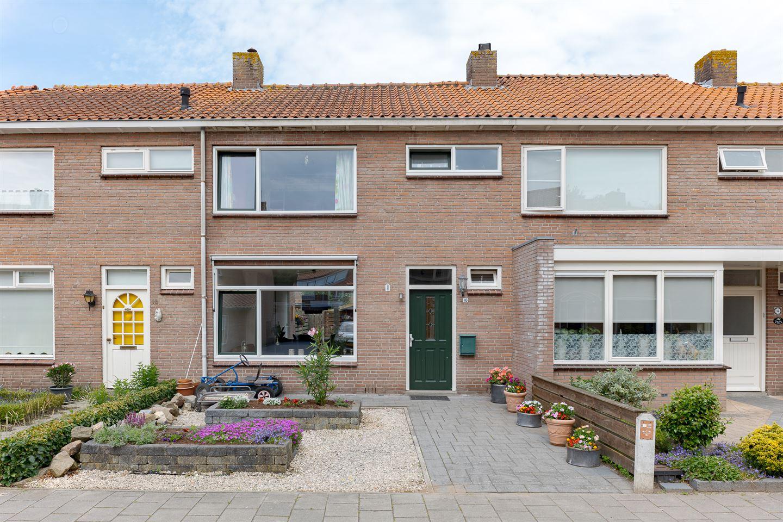 Bekijk foto 1 van Crocusstraat 16