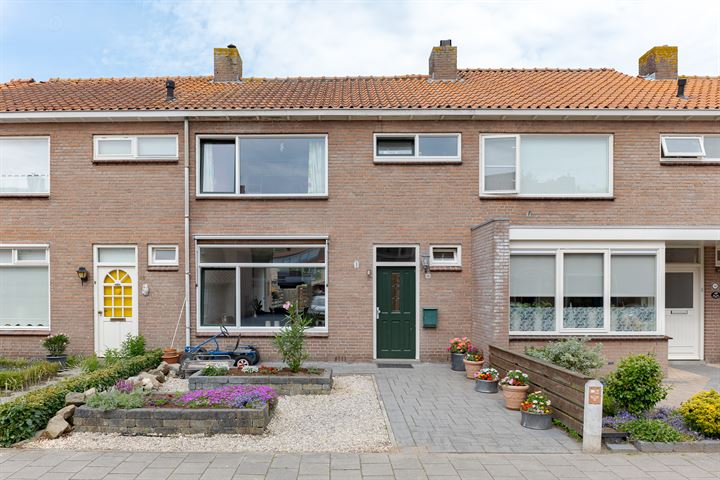 Crocusstraat 16
