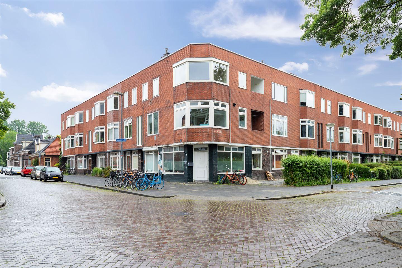 View photo 1 of Moesstraat 57 B