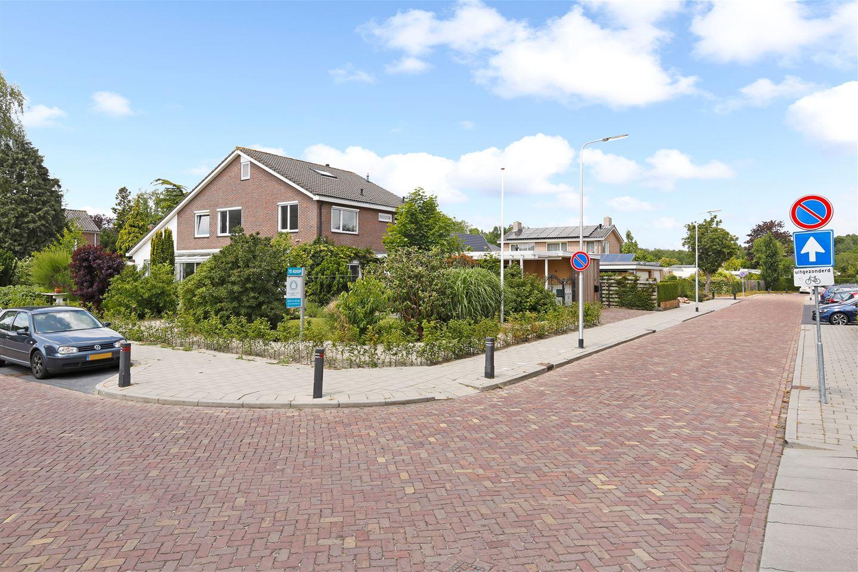 Bekijk foto 1 van Jhr Opperdoes Alewijnstraat 1