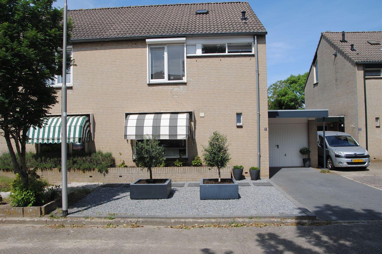Bekijk foto 2 van Lievekamphof 9