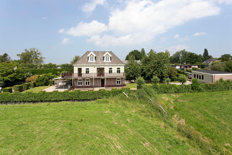 Bekijk foto 3 van Broekermeerdijk 21