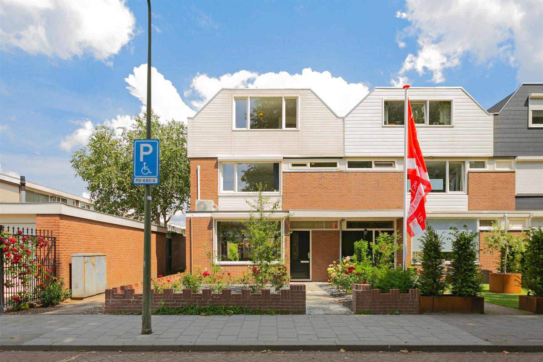 Bekijk foto 1 van Jan van Delftstraat 6