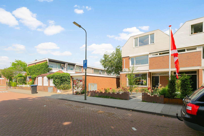 Bekijk foto 3 van Jan van Delftstraat 6