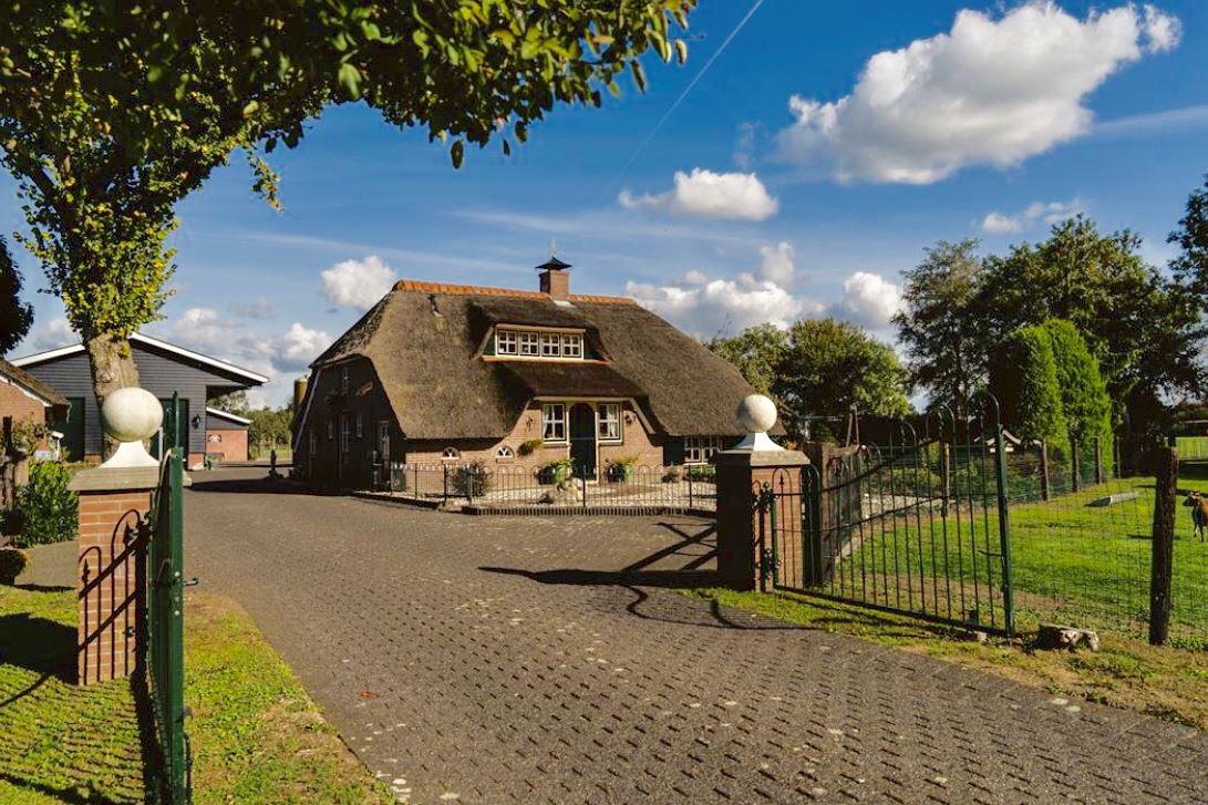 Bekijk foto 5 van Veldweg 8