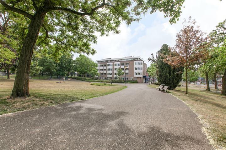 Kronenburgersingel 64